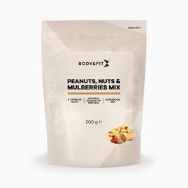Cacahuètes, noix et mûres